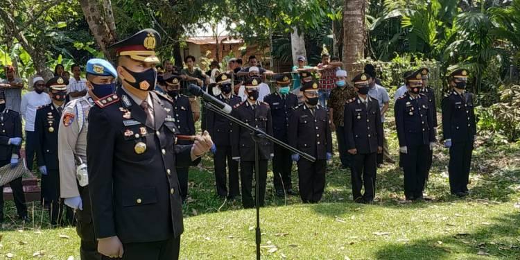 Kapolres Kampar Pimpin Upacara Pemakaman Kanit Sabhara Polsek Tapung AKP Khairulnas