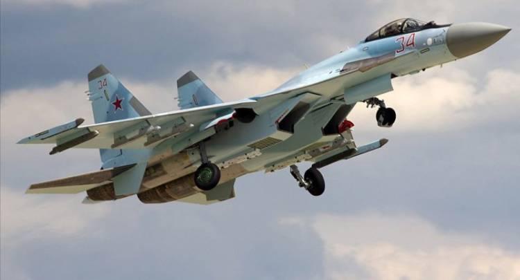 Secara Mendadak Jet Tempur Sukhoi Rusia Menyerang Kapal Perang TNI-AL di Laut Makassar