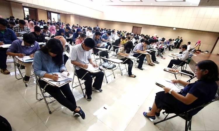 Kemendikbud Ristek Rencanakan Salurkan Bantuan Uang Kuliah Rp 2,4 Juta September Mendatang