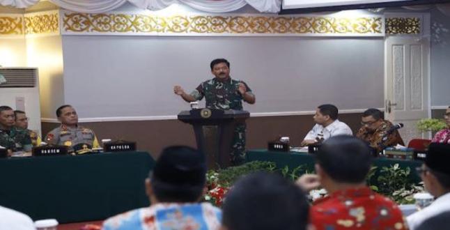 Pimpin Rakor Penanggulangan dan Pencegahan Karhutla di Riau, Begini Pesan Panglima TNI