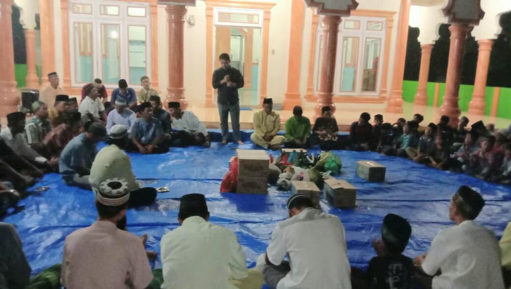 Hadiri Do'a Bersama Dengan Warga Balam Sempurna Kota, PT BSS Santuni Anak Yatim