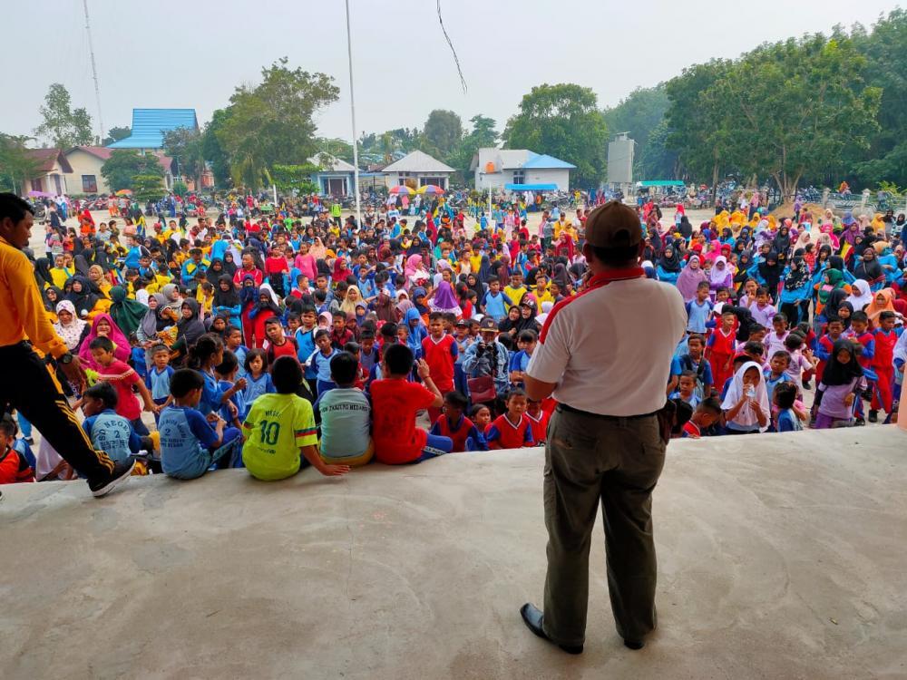 Pemerintah Kecamatan Rupat Utara Menggelar Senam Massal Aerobik Berhadiah Meyambut Haornas ke-36