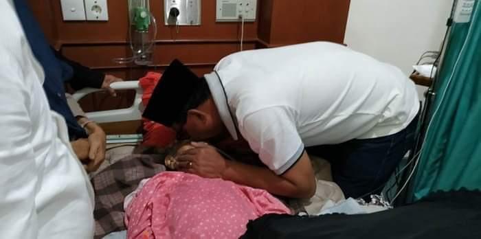 Rohil Berduka, Ibunda Tercinta Bupati Rokan Hilir Tutup Usia