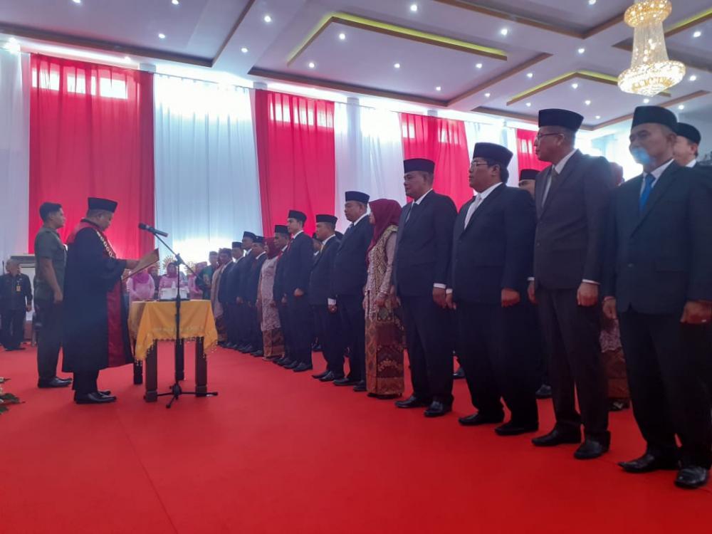 45 Anggota DPRD Rohil Dilantik, Ini Nama-namanya
