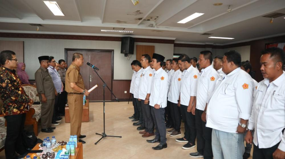 Pengukuhan Pengurus FKWI Periode 2019-2022, Wakil Bupati H Syamsuddin Uti Terharu