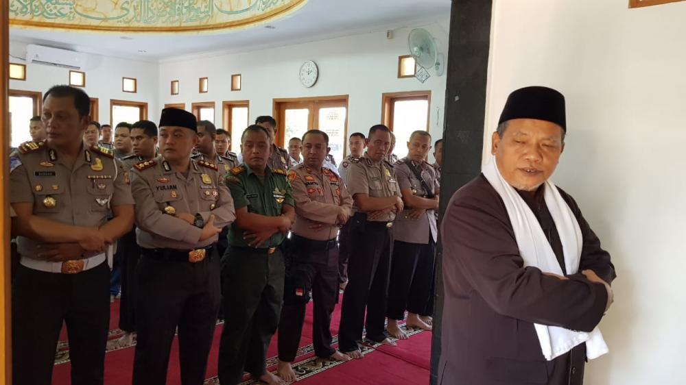 Polres Banjar Laksanakan Shalat Ghoib dikhususkan untuk mantan Presiden RI ke 3