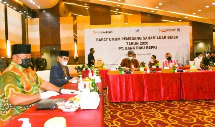Bupati Kampar Minta Pejabat PT. Bank Riau Kepri Terpilih dapat Kembangkan Potensi Perusahaan