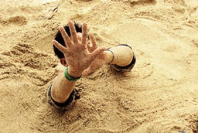 Siswa SMU Tewas Tenggelam Tertimbun Pasir saat Lakukan Dompeng Emas di Desa Sungai Alah