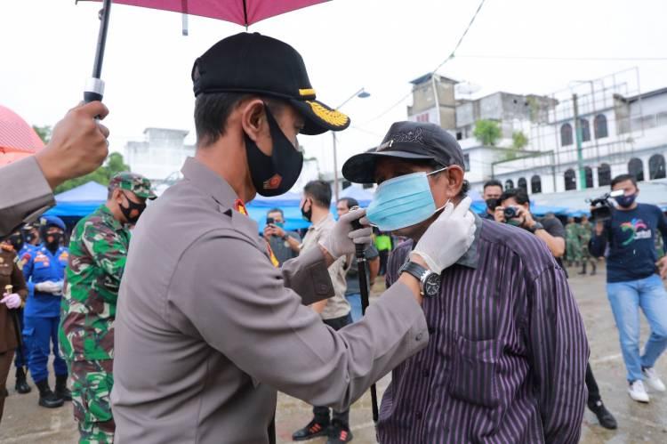 Ribuan Masker Gratis Didistribusikan Polres Inhil kepada Masyarakat