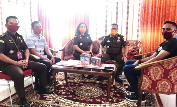 Tiga Terdakwa Korupsi Dana Kerja Sama Media DPRD Rohil Kembalikan Kerugian Negara