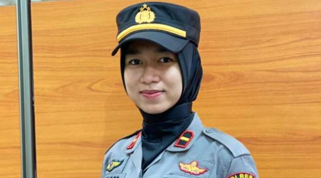 Kapolsek Cantik Termuda Di Riau,Memimpin Anggota Seusia Ayahnya