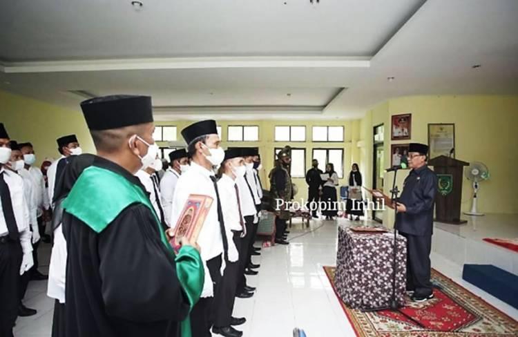 Bupati Inhil HM.Wardan Melantik dan Meresmikan Ketua dan Anggota BPD se-Kecamatan Concong