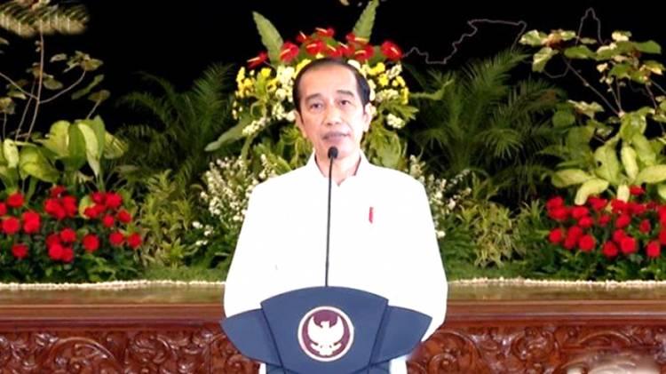 Tinjau Vaksinasi di Ponpes Dayah Darul Ma'Arif Aceh Besar, Presiden Jokowi Disambut Shalawat Badar