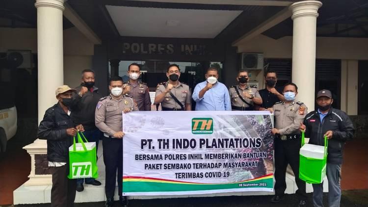 Polres Inhil dan PT THIP Kembali Salurkan Paket Sembako Kepada Masyarakat Terdampak Covid-19