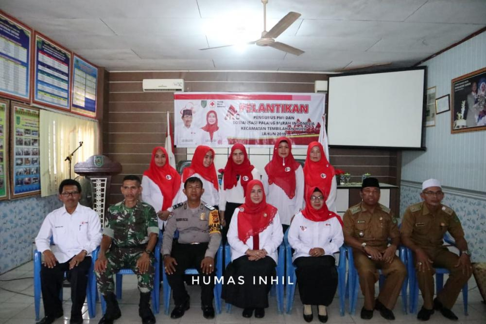 Ketua PMI Inhil Melantik Pengurus PMI Kecamatan Tembilahan Hulu