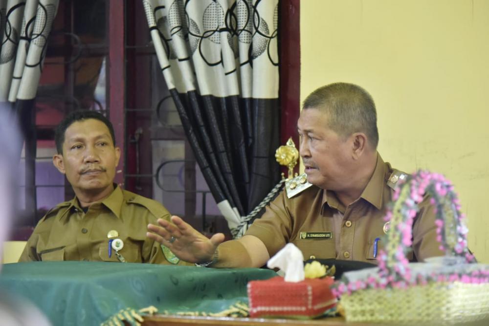 Wakil Bupati Inhil Sidak ke Sejumlah Kantor Lurah di Kecamatan Tempuling dan Kempas