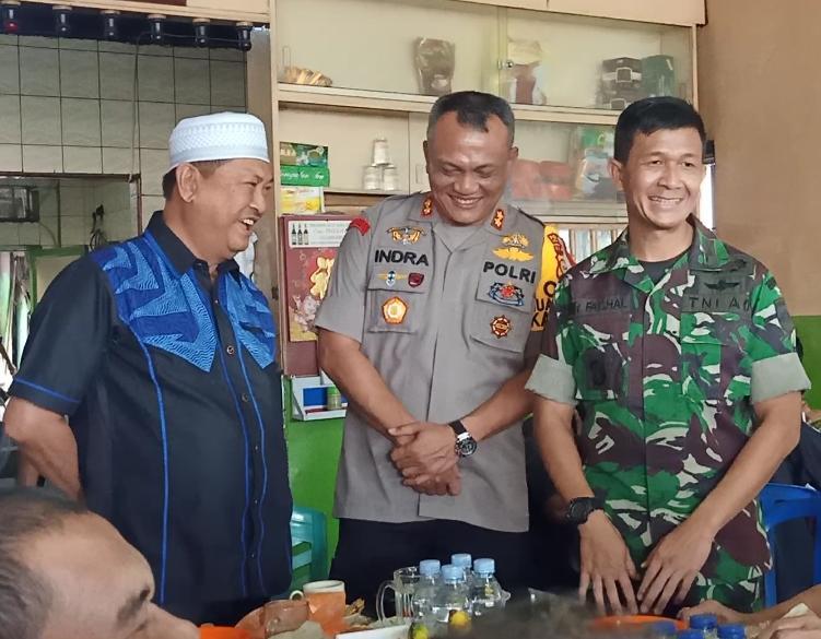 Wakil Bupati Inhil H Syamsuddin Uti Coffe Morning Dengan DANDIM 0314/inhil,Kapolres Inhil dan Tokoh Masyarakat