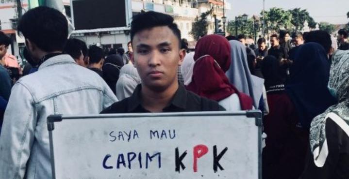 Mantan Wakil Ketua DPR RI Fahri Hamzah Kritik Penolakan Ustads Abdul Somad Di UGM,Ini Balasan Ketua BEM UGM