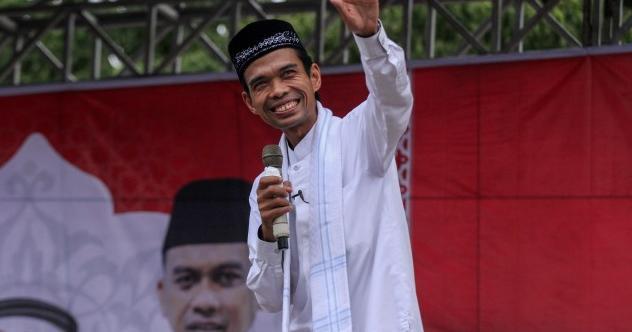 Ustadz Abdul Somad(UAS) Mengundurkan Diri Dari PNS Universitas Islam Negeri Sultan Syarif Kasim(UIN Suska) Pekan Baru