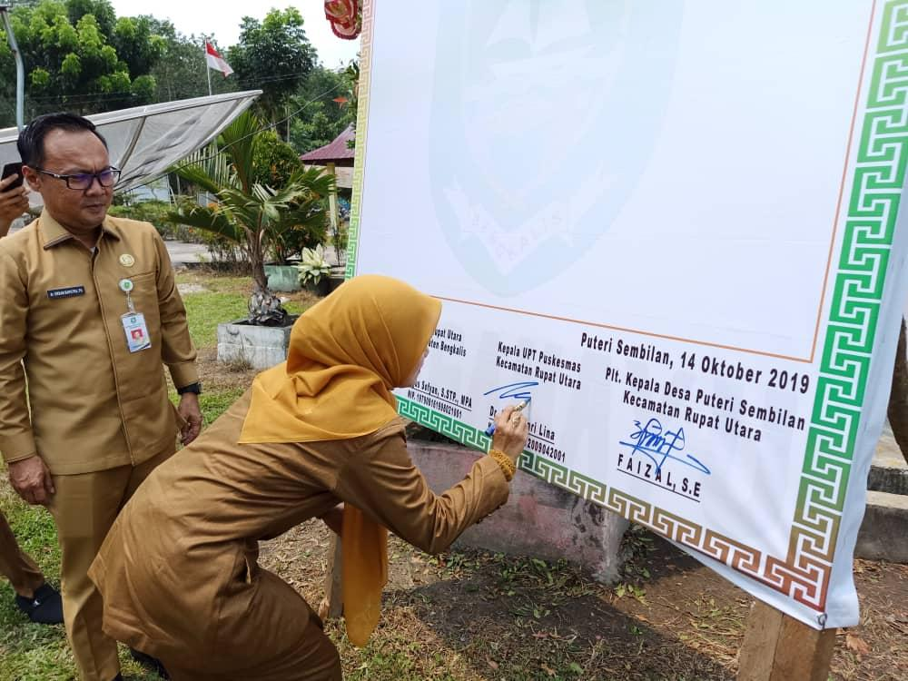 Kepala Dinas Kesehatan Kabupaten Bengkalis Hadir Acara Deklarasi ODF/SBS Desa Putri Sembilan Kec Rupat Utara.