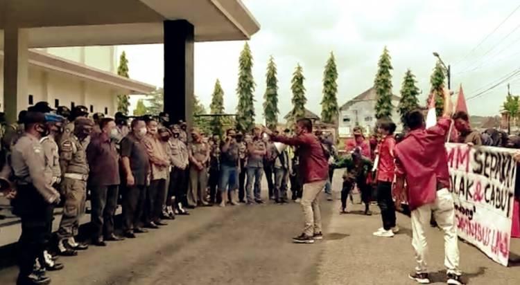 IMM Kota Banjar Jawa Barat Tolak Undang-Undang Cipta Kerja Omnibus Law