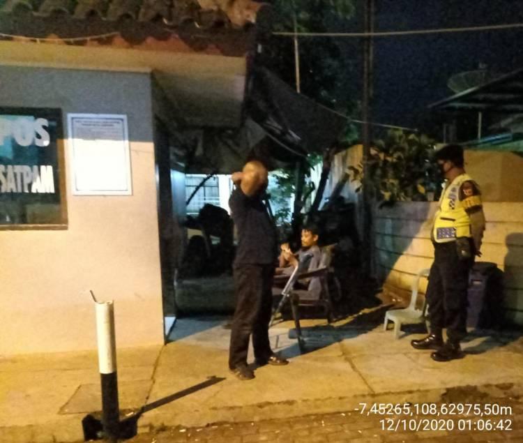 Jaga Kondusifitas, Patroli Polres Banjar Patroli Malam Hari Ke Perumahan Warga