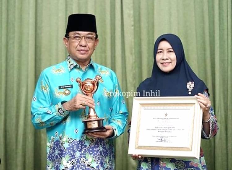 Bupati Inhil HM. Wardan Raih Penghargaan Anugerah Parahita Ekapraya (APE) Tahun 2020