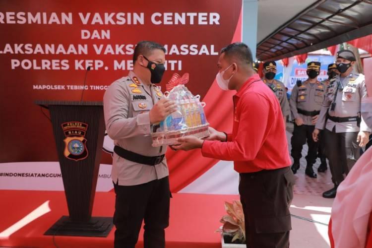 Kapolda Riau Resmikan Gedung Vaksin Center Kabupaten Kepulauan Meranti