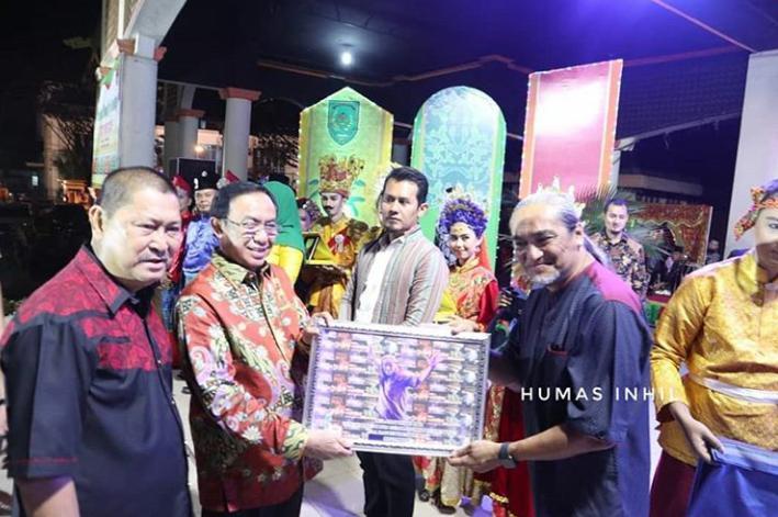 Bupati HM Wardan Hadiri Gelar Seni Serumpum,Festival Bumi Sri Gemilang XVIIII 2019.