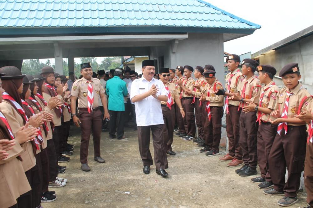H Said Syarifuddin Membuka Secara Resmi Perkemahan Jambore Ranting se Kwarran 12 Gaung di Desa Pungkat