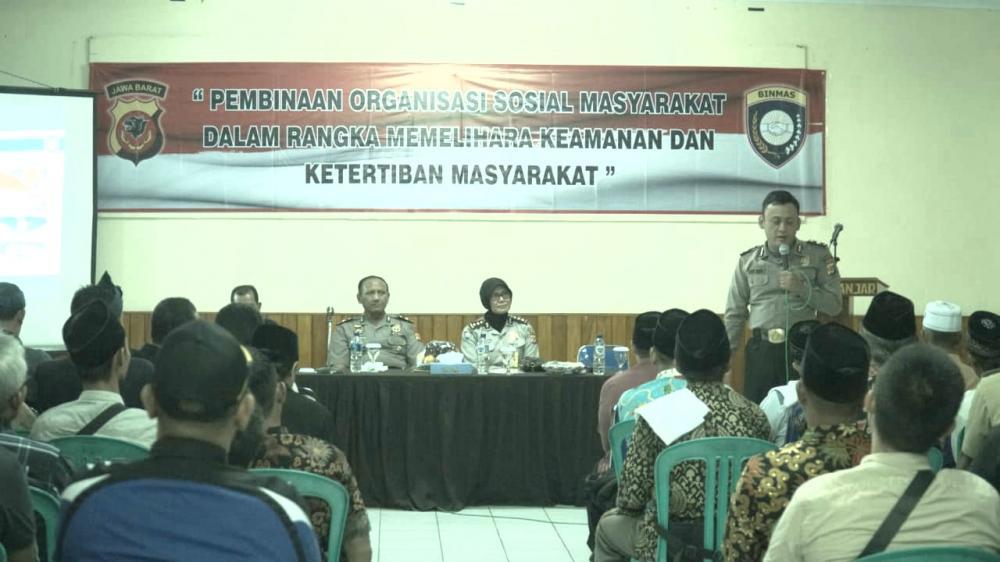 Dalam Rangka Memelihara Keamanan dan Ketertiban Masyarakat Acara Sosialisasi Pembinaan dan Konsolidasi Organisasi dari Polda Jawa Barat.