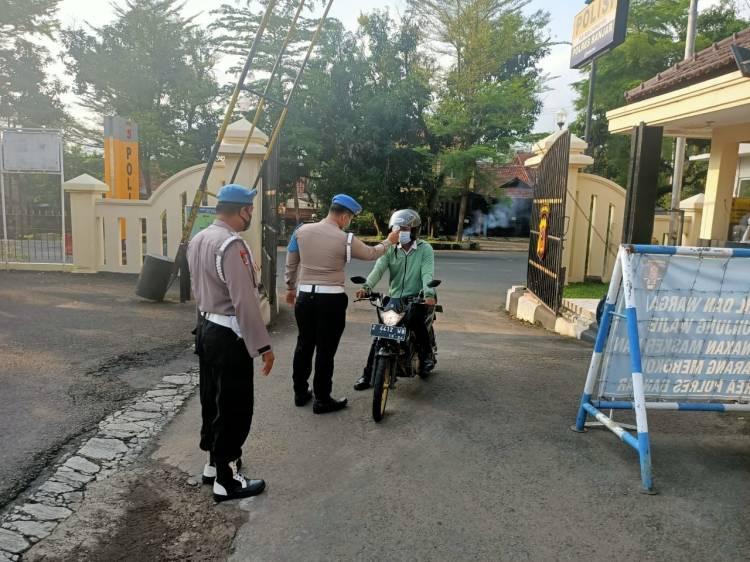 Polres Banjar Terapkan Disiplin  Protokol Kesehatan di Lingkungan Kantor Polres