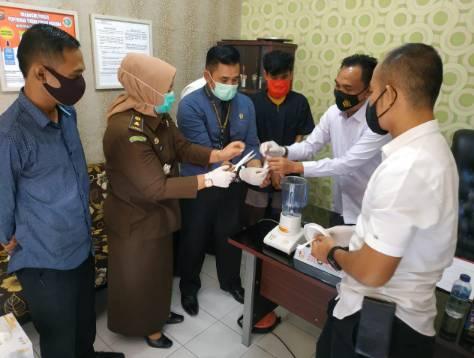 Resnarkoba Polres Kampar Musnahkan 9,45 Gram Sabu dari Tersangka BS Warga Desa Limau Manis