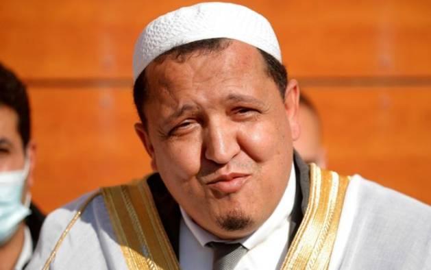 Dianggap Pro Macron, Imam Muslim Moderat Prancis Terima Ribuan Ancaman Pembunuhan