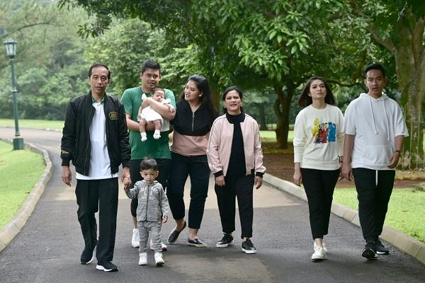 Jokowi Keluarga Harmonis Jadi Trending Topic, Begini Reaksi Kocak Kaesang