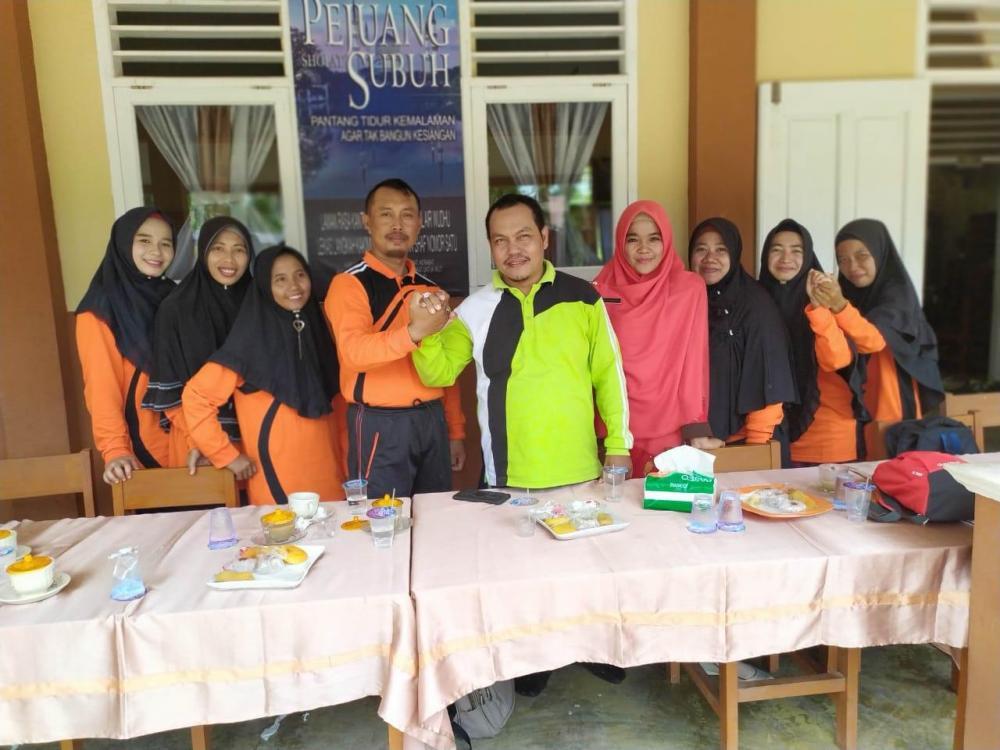 Pererat Persahabatan, SMPN 10 Rupat Terima Kunjungan SMPN 8 Rupat