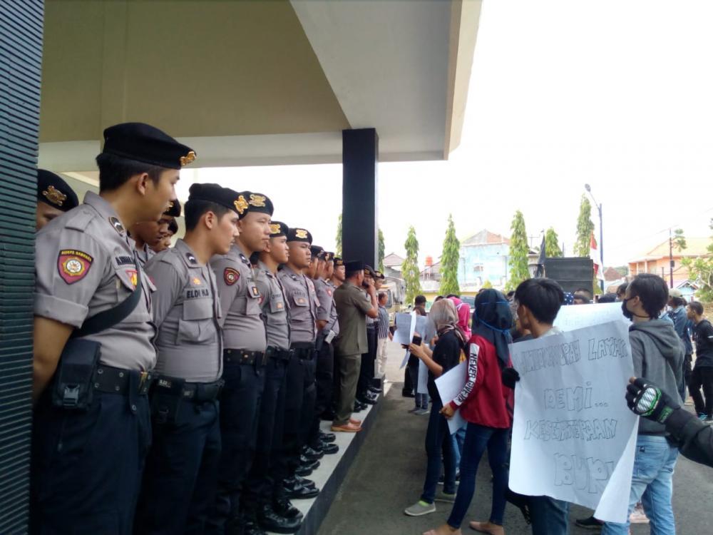 FSBB kembali menggelar aksi unjuk rasa untuk menagih janji