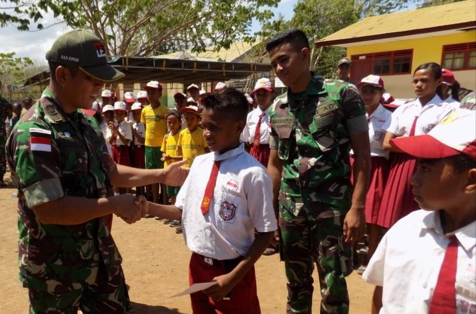 Meriahkan Hari Juang Kartika TNI AD Tahun 2019, Satgas Pamtas RI-RDTL Yonif 132/BS, Gelar Lomba PBB di Sekolah Perbatasan.