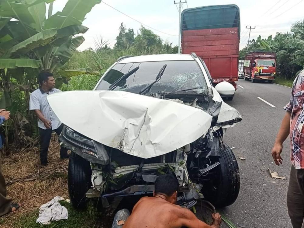 Mobil Anggota DPRD INHIL Mengalami Kecelakaan