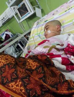Nadin Ilona Grimonia, Gadis Remaja dari Kuansing Butuh Bantuan Biaya Pengobatan Tumor Otak