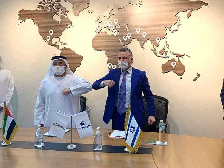 Isreal akan Transfer Teknologi Penghasil Air dari Udara ke Uni Emirat Arab
