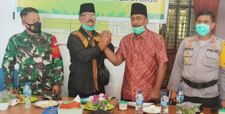 Haji Tamrin Kembali Terpilih Sebagai Penghulu Sukamaju