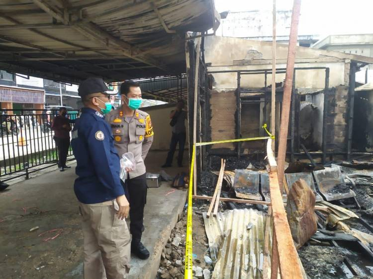Kapolres Inhil Datangkan Tim Labfor Polda Riau untuk Segera Ungkap Kebakaran di Wisma Abu