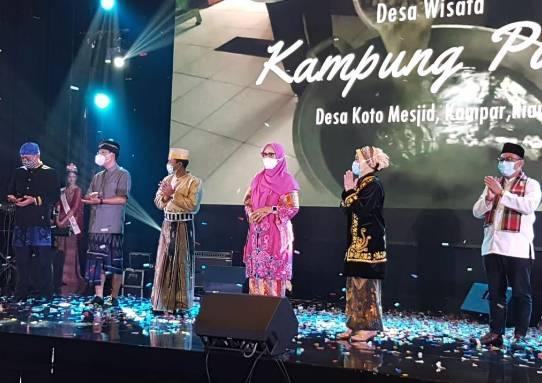 STP Riau Raih Penghargaan Terbaik I Tingkat Nasional atas Pendampingan di Desa Wisata Koto Masjid