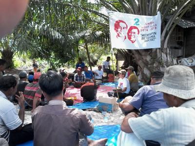 Relawan Jokowi-JK Bukit Kerikil Kempanye Dialogis dengan Petani