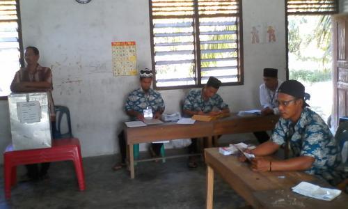 KPPS  Desa Bukit Kerikil Usir Wartawan Liput Penghitungan Suara