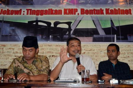 Jokowi, Tinggalkan Koalisi Merah Putih, Bentuk Kabinet Rakyat anti Mafia