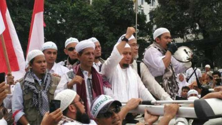 KH Muhammad Arifin Ilham: ulama ku dibunuh aku pimpin JIHAD