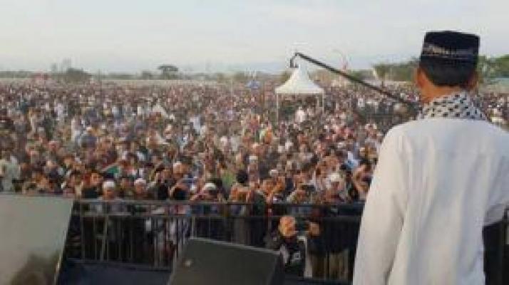Ustaz Abdul Somad: Boleh Beda, Hubungan dengan Tetangga Jangan Sampai Rusak