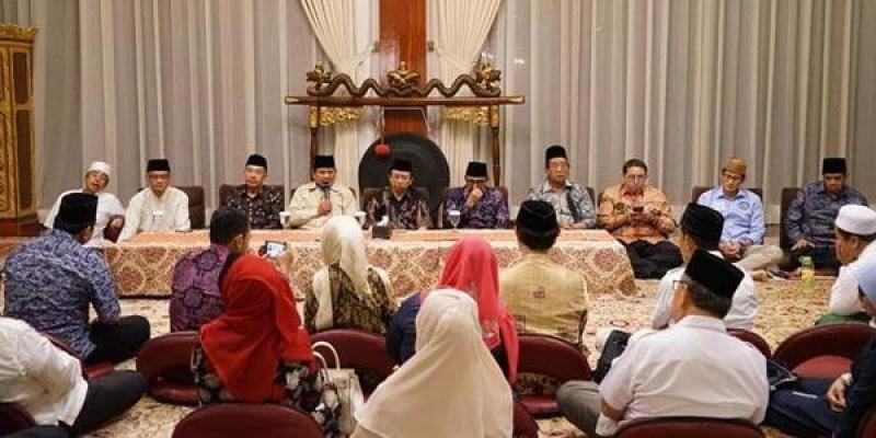 Kiai dan Ulama Keturunan Pendiri NU Deklarasikan Dukungan ke Prabowo-Sandi